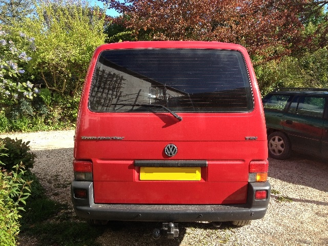 Removing and Painting the Rear Badges on a VW T4