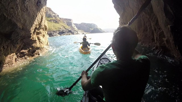 Tunnel Kayak Kaafu Fatyak