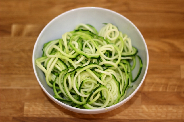 Spiralized Courgette Noodles OXO