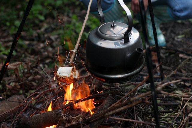 petromax-kettle-campfire