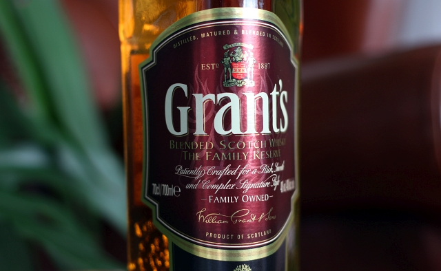 grants-whisky-bottle