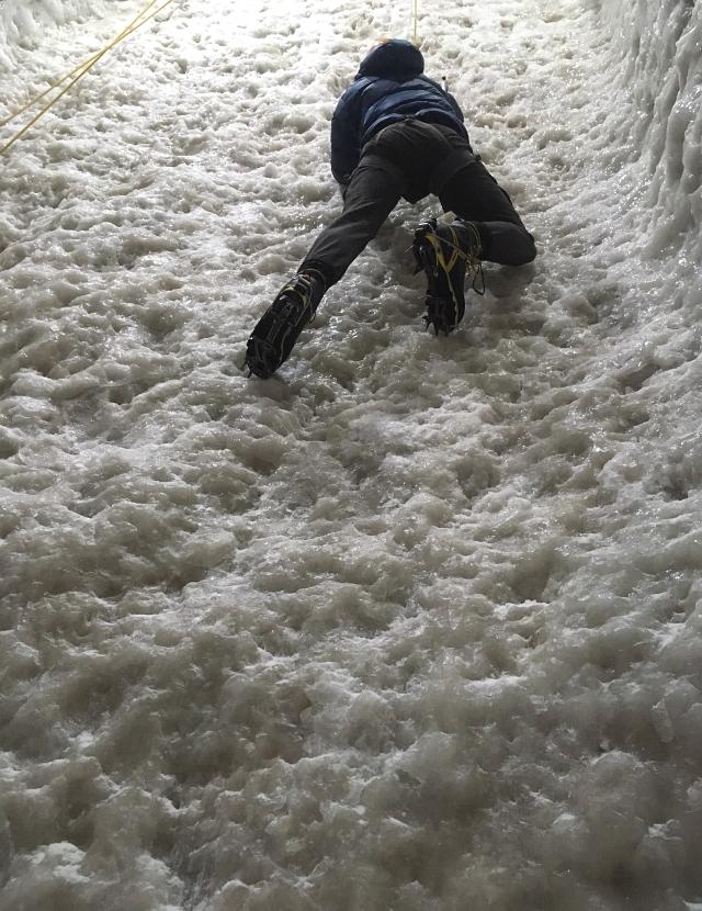 Ice Climbing Ice Axe Crampons Top Rope