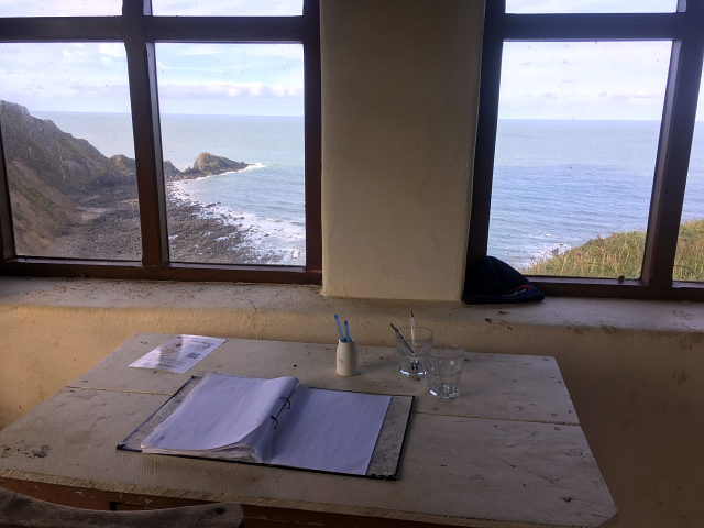 Artists Hut Cornwall Coastal Path