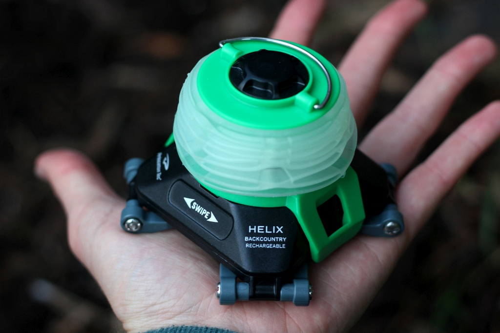 HELIX BACKCOUNTRY RECHARGEABLE LANTERN Compact