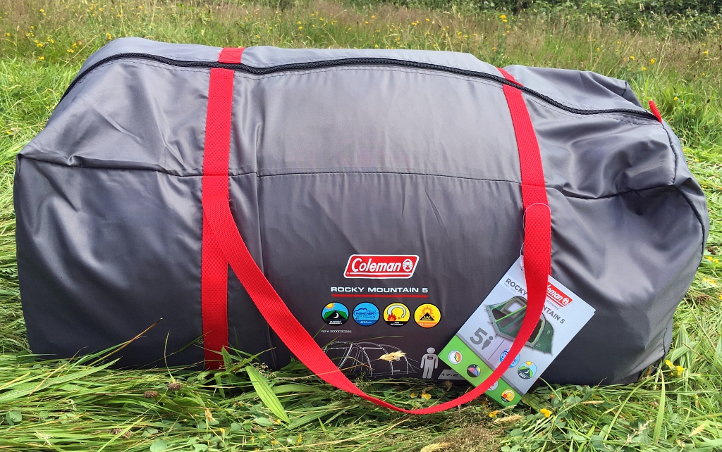 Considering the size of the pitched tent this compacts down into a strong zip up bag with carry handles weighing 15.8kg and just 73cm x 30cm x 30cm in ... & Coleman Rocky Mountain 5 Tent Review and More - Wild Tide