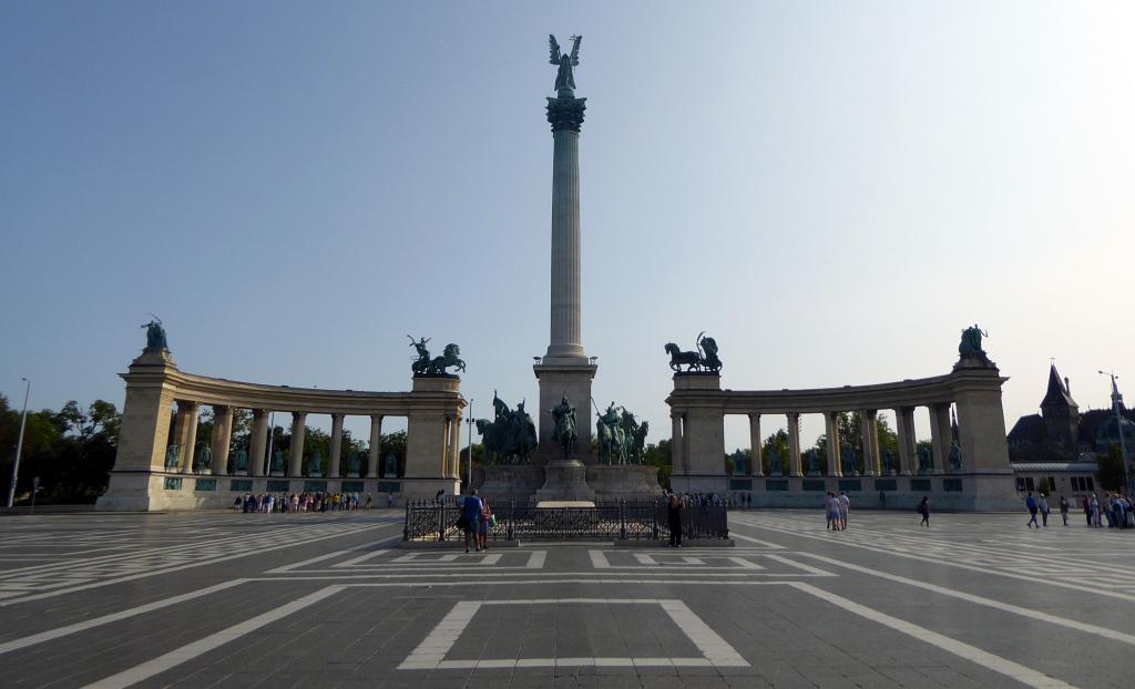 Budapest Heros Square