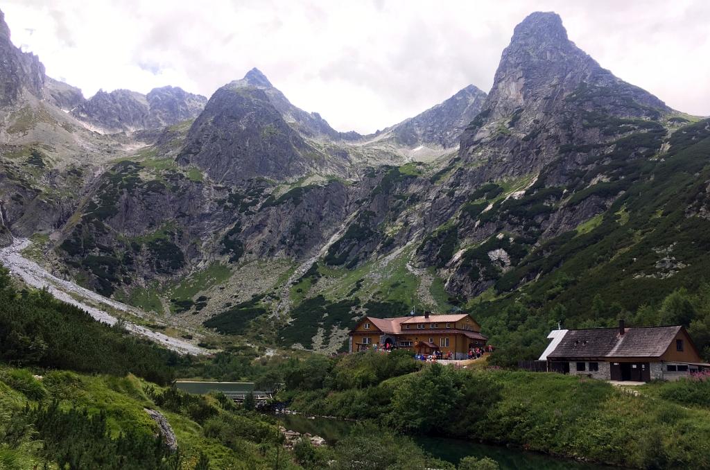 Chata pri Zelenom plese mountain