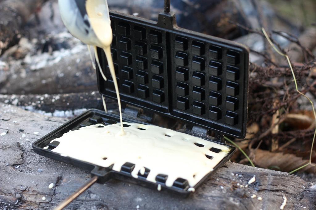 Campfire Petromax Waffle Iron