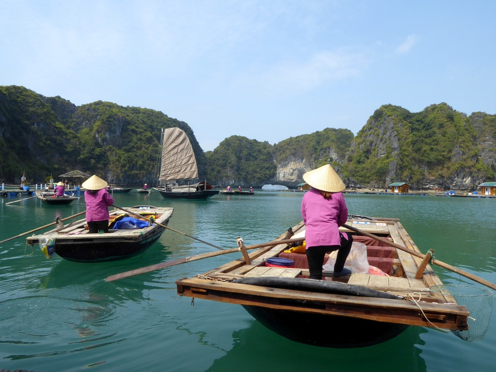 Halong Floating Fishing Village