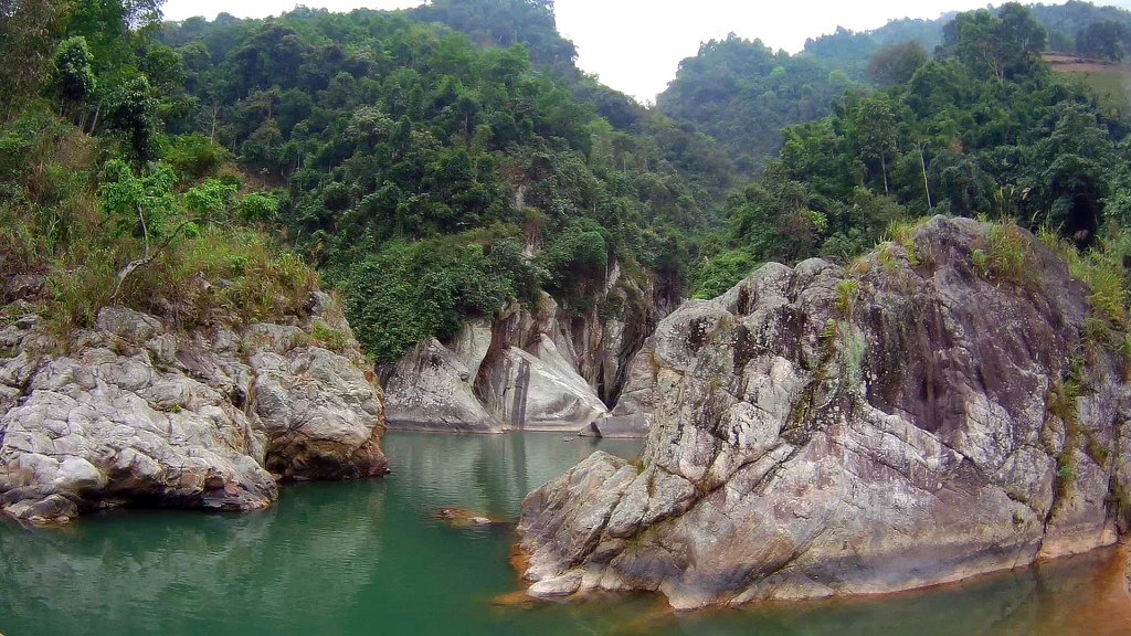 Sapa River Waterfall