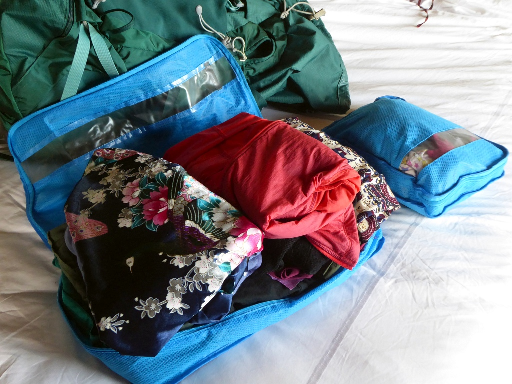 Go Travel Packing Cubes In Use Blue