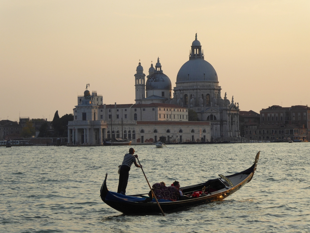 Cool Things You Must Do in Venice, Italy