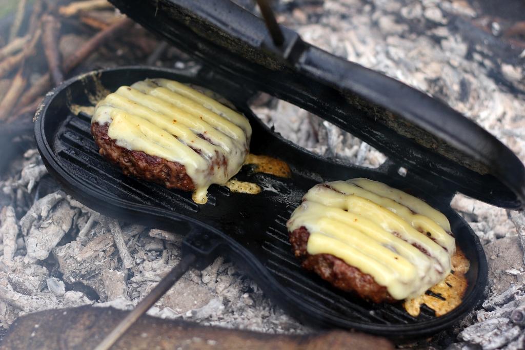 Petromax Burger Iron Review